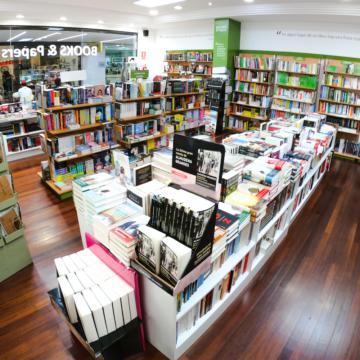 books-papers-tienda-lanzarote